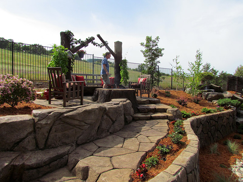 Outdoor living areas fire pits fire places st louis for Outdoor living kirkwood